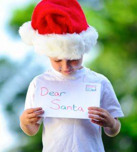 Child with santa hat