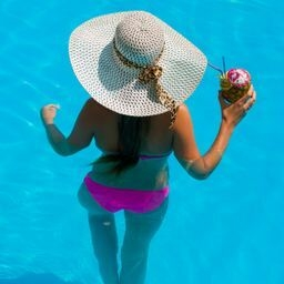 pool big hat